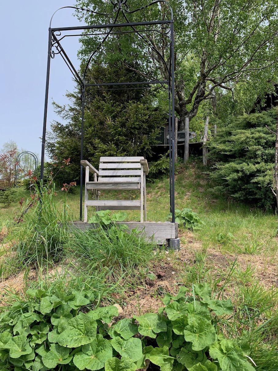 Hütte Garten Beete Pergola Thron